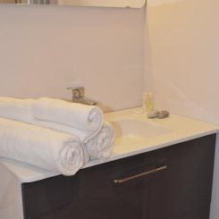 Chambre Mistral salle de bain